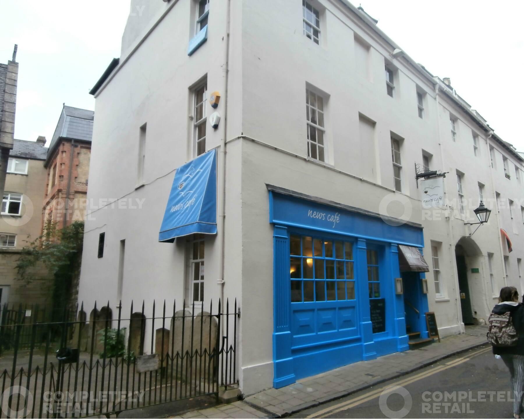 News Cafe, 1 - 2 Ship Street