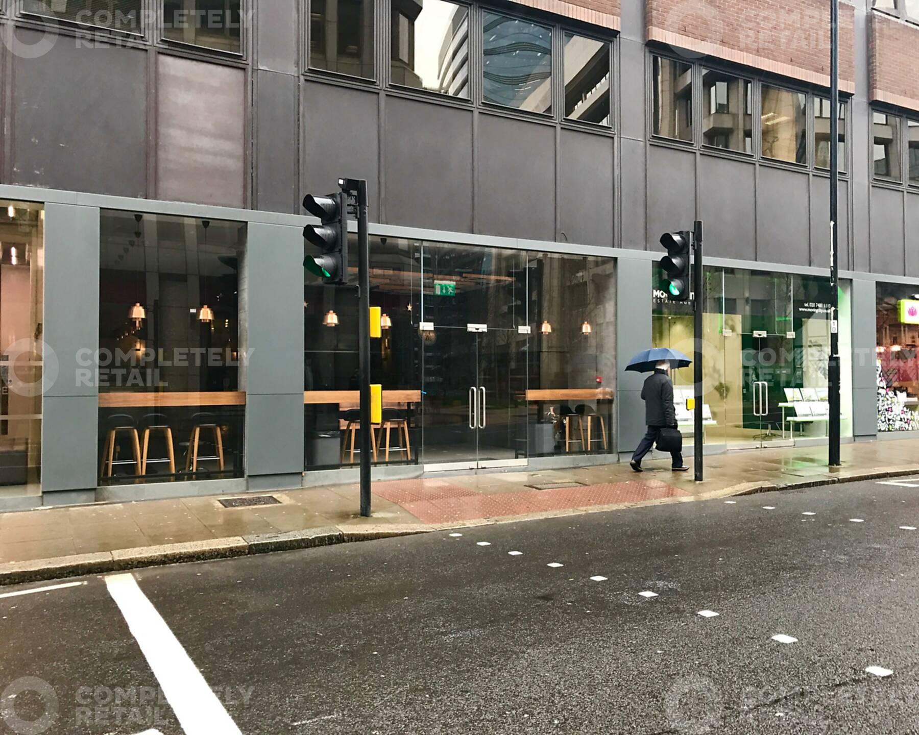 18D Mansell Street