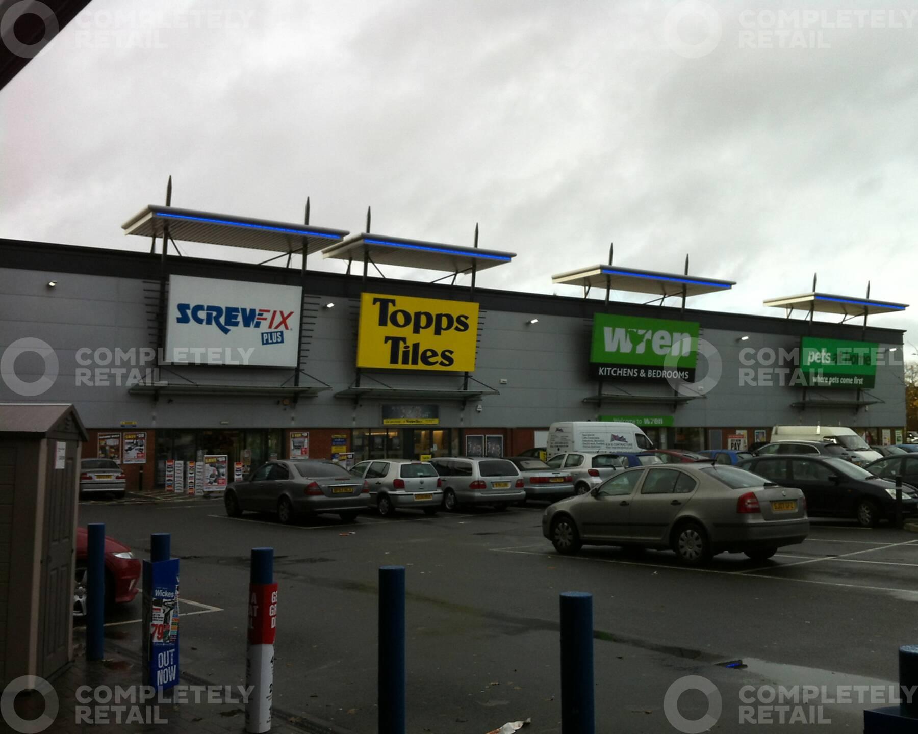 Springfield Road Retail Park