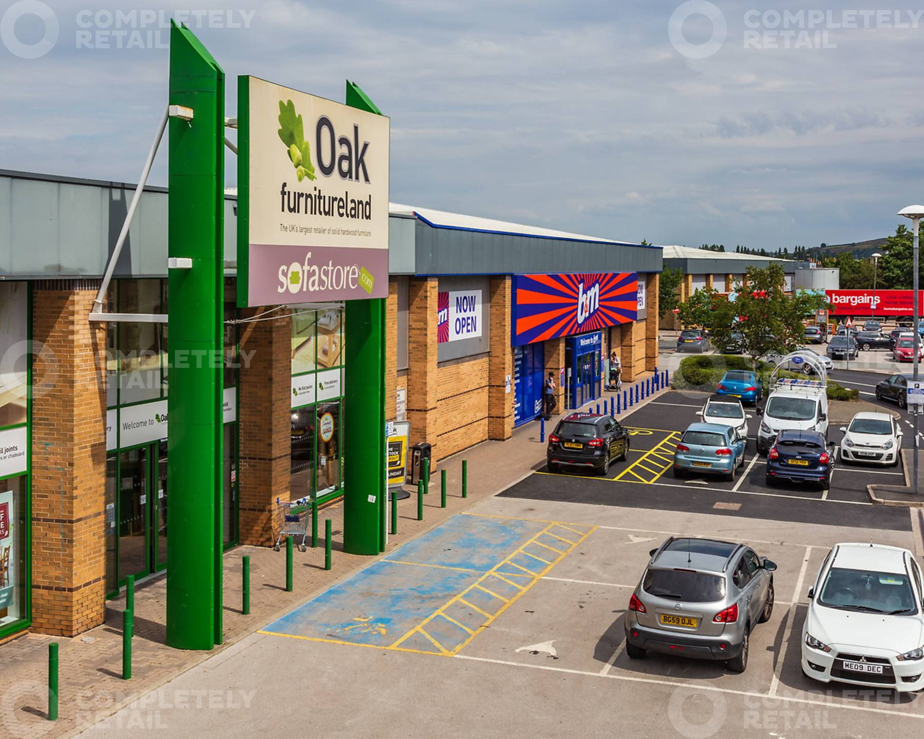 Leeds Road Retail Park