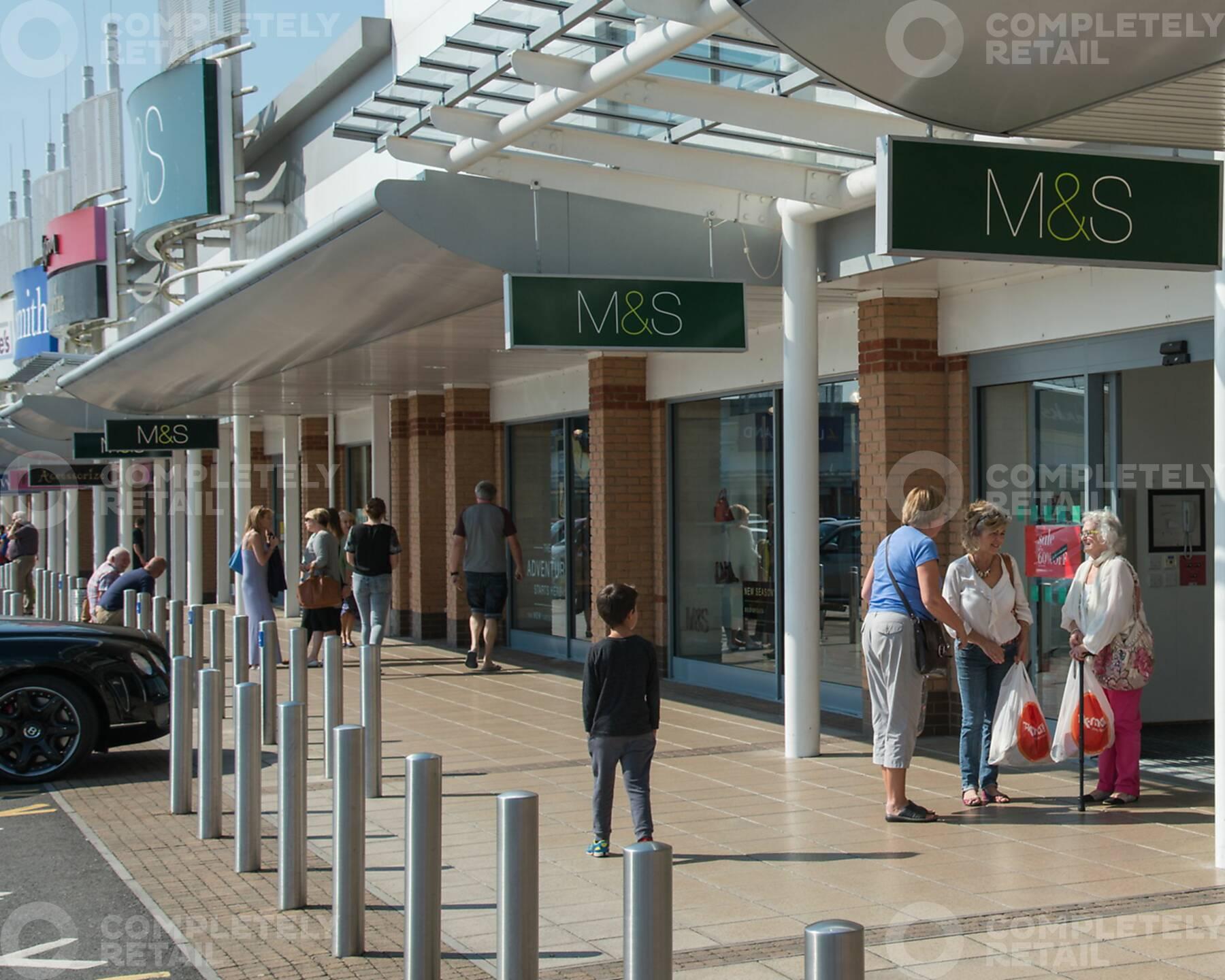 Parc Trostre Shopping Park